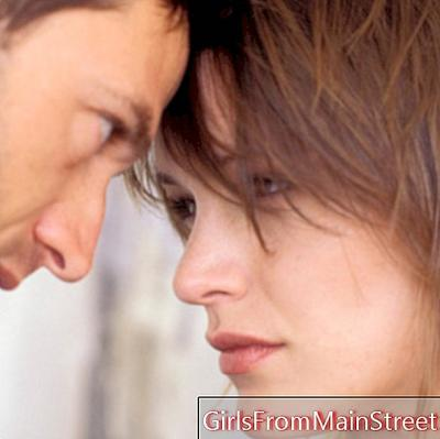 6 signs that prove he's going to dump you