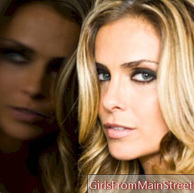 EXCLUDED: interview med Clara Morgane: