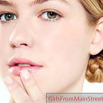 Makeup: anti-aging tricks