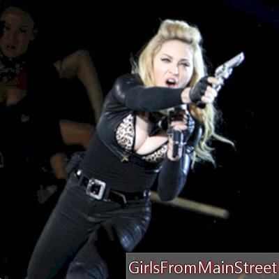 Madonna, sexy hairstyle and sexy neckline in concert in Brussels