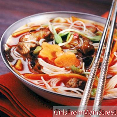 Masakan Jepang: Mie Jepang yang ditumis atau kaldu