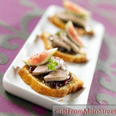Foie gras half-cooked on its bed of four-quarters fondant