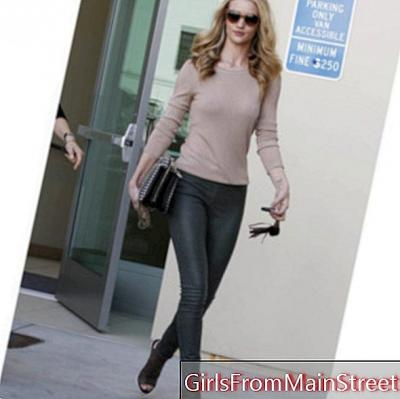 Rosie Huntington, a casual chic look to shop in Beverly Hills