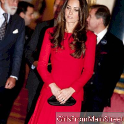 Look of the day: Kate Middleton and her little red dress in London