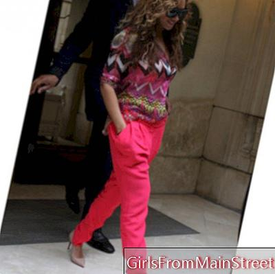 The flashy and casual look of Beyoncé Knowles