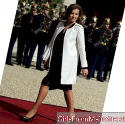 Valérie Trierweiler, very chic first lady in black dress Apostrophe
