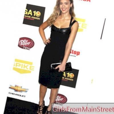 Jessica Alba: neraka seksi untuk Anugerah Spike TV