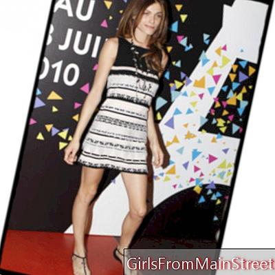 Look of the day: Elisa Sednaoui in Chanel!