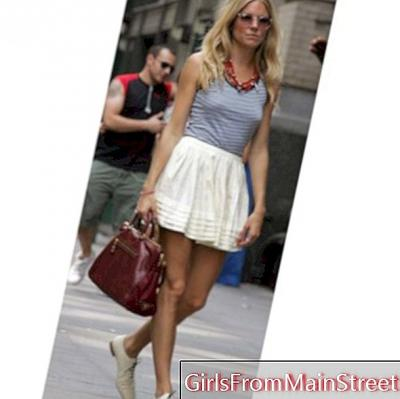 Stung to the stars: the bag of Sienna Miller!